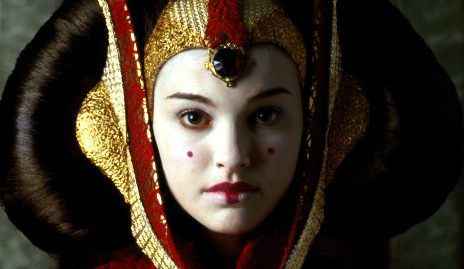 Girls we treasure tuesday natalie portman daniela ferrari - Paysage star wars ...